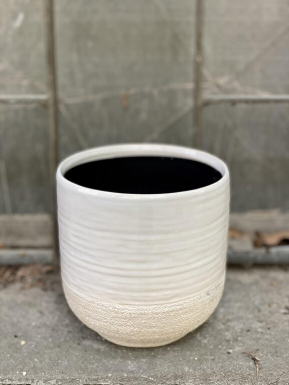 Zdjęcie doniczki lub oslonki: Osłonka White Spin 12x13 cm, ujęcie 1