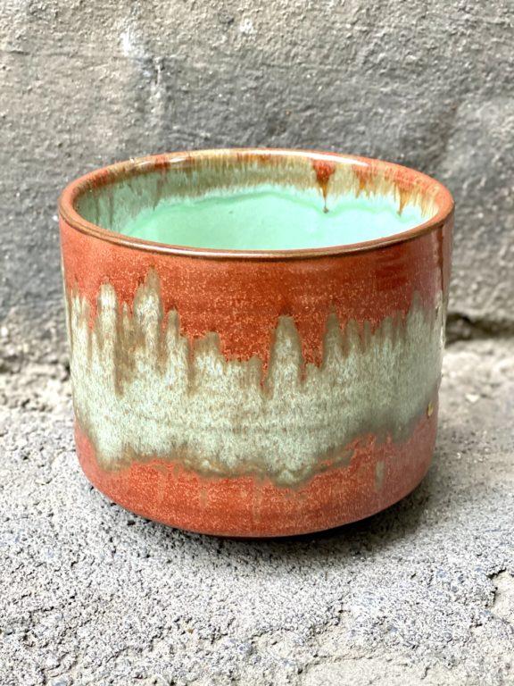 Zdjęcie doniczki lub oslonki: Osłonka Bloody Sunday 12x10 cm, ujęcie 1