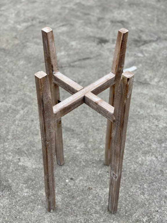 Zdjęcie doniczki lub oslonki: Kwietnik drewniany 0x70cm, ujęcie 1
