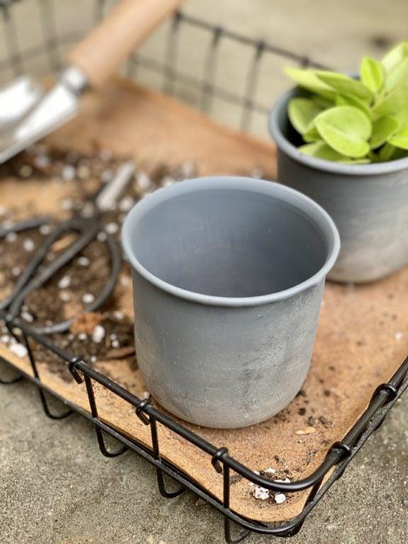 Zdjęcie doniczki lub oslonki: Osłonka metalowa Aluminium Ib Laursen 7x8cm, ujęcie 1